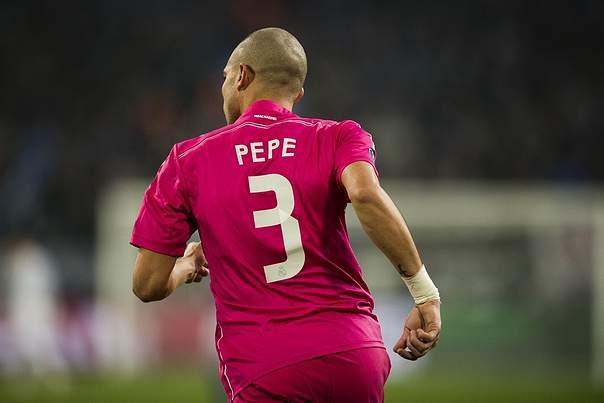 Pepe falha jogo com a Sérvia