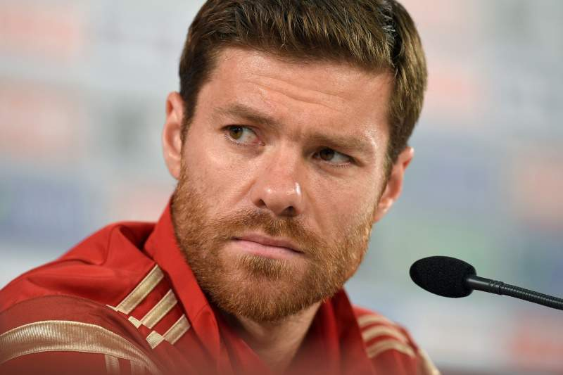 Bayern anuncia acordo por Xabi Alonso