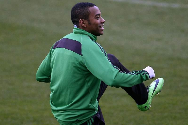 Robinho rescinde com o AC Milan