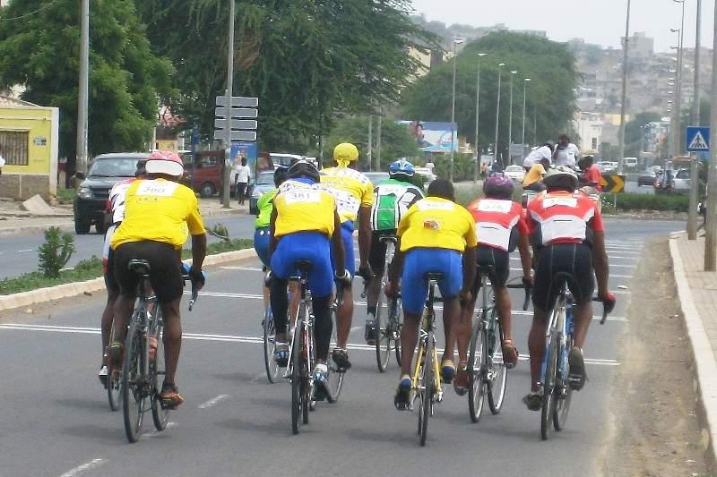 Prova de ciclismo em Cabo Verde
