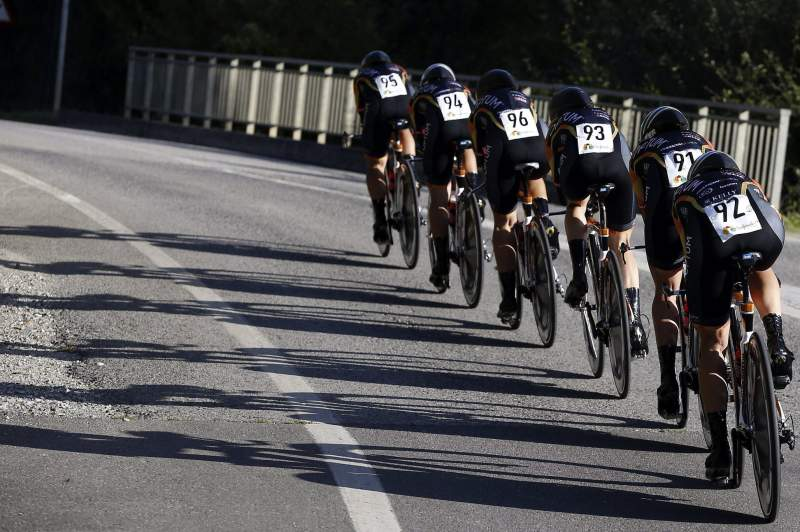 US team Optum P/B Kelly Benefit Strategies cyclists (R-L) Lauren Hall, Annie Ewart, Janel Holcomb, Leah Kirchmann and Brianna Walle