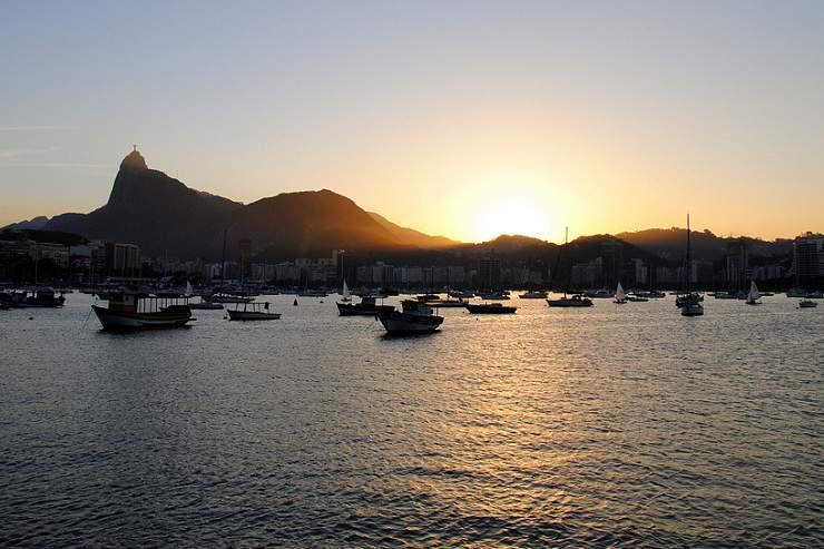 Baía de Guanabara continua poluída a dois anos dos Jogos Olímpicos