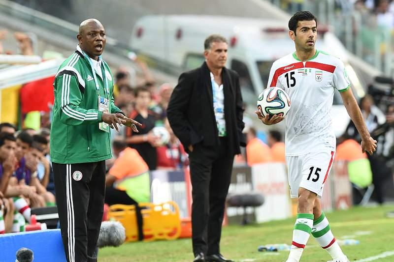 Stephen Keshi elogia Irão