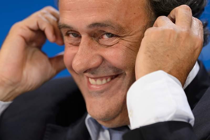Futebol/UEFA : Platini quer introduzir