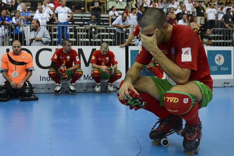 João Rodrigues chora derrota com Espanha