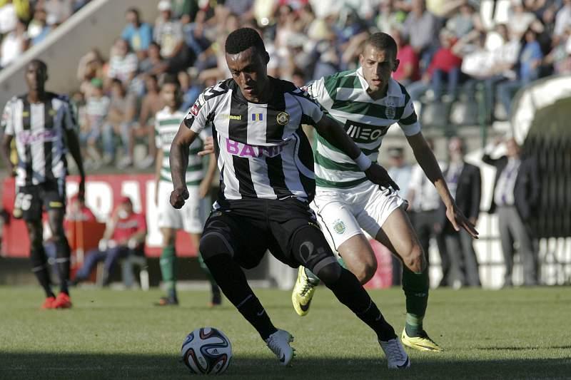 Mexer chegou a Portugal para jogar no Sporting mas deu nas vista no Nacional