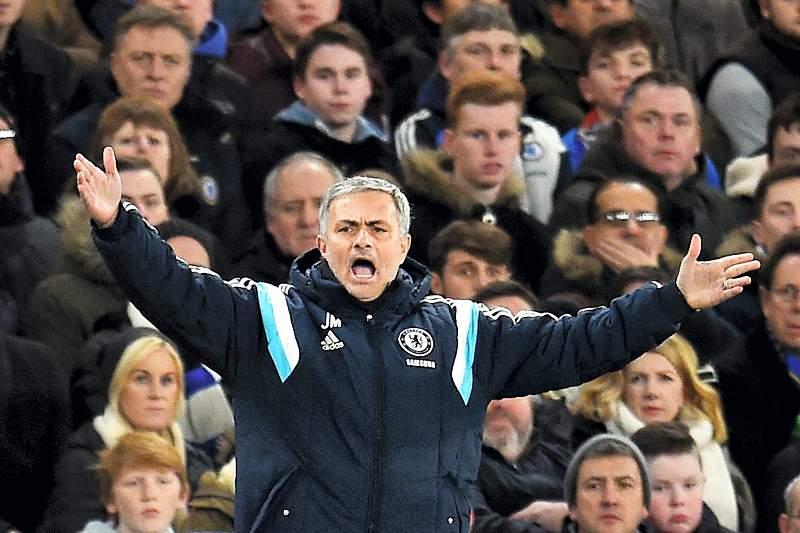 Mourinho na final da Taça da Liga inglesa