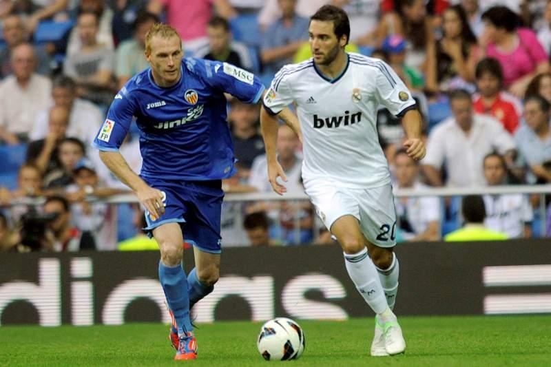Mathieu e Higuain, quando este estava no Real Madrid