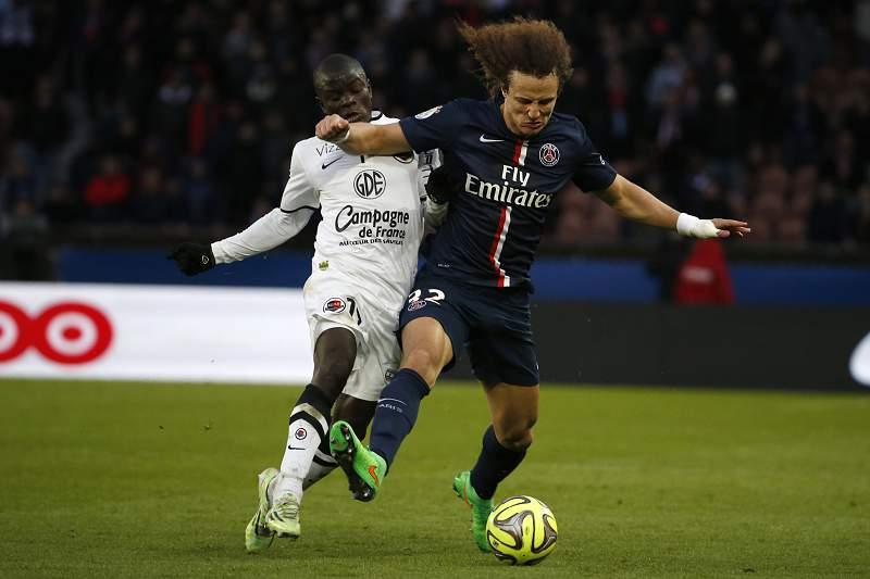 N'golo Kante e David Luiz