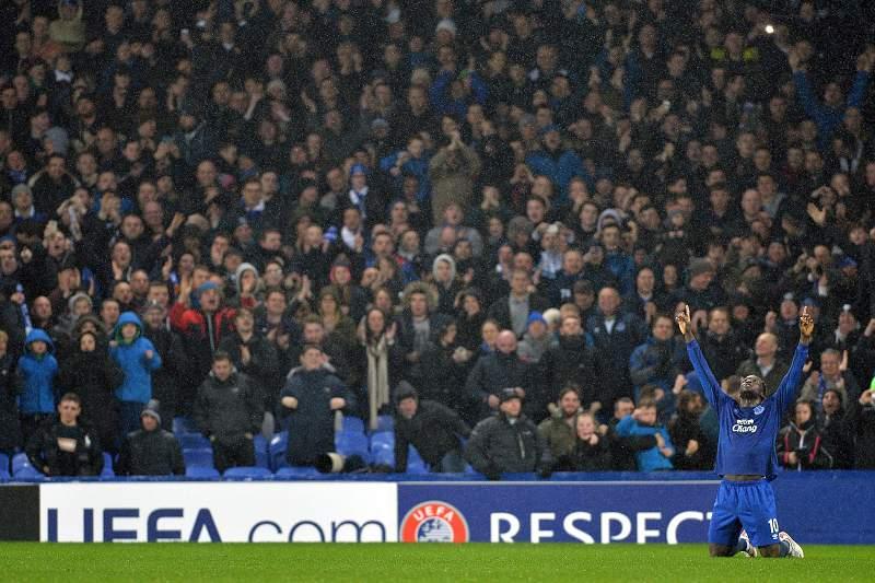 Lukaku celebra golo marcado no Goodison Park