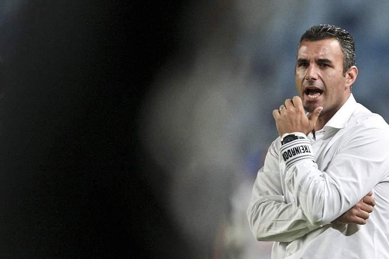 Ivo Vieira com sete baixas no Marítimo para a receção ao Paços de Ferreira