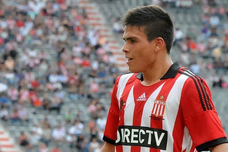 Jonathan Silva a caminho do Sporting