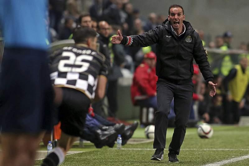 Petit durante o jogo com o Vitória de Guimarães no Bessa.