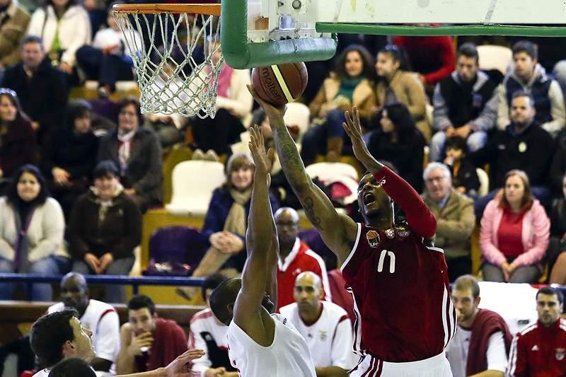 joao_gomes_betinho_benfica_basquetebol_533.jpg