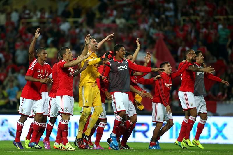 Benfica festeja Supertaça 2014 em Aveiro