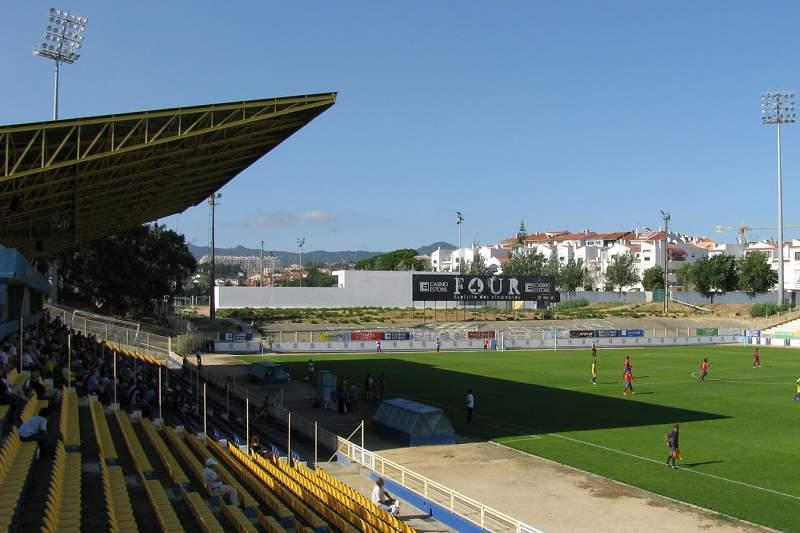 Estádio António Coimbra da Mota, casa do Estoril