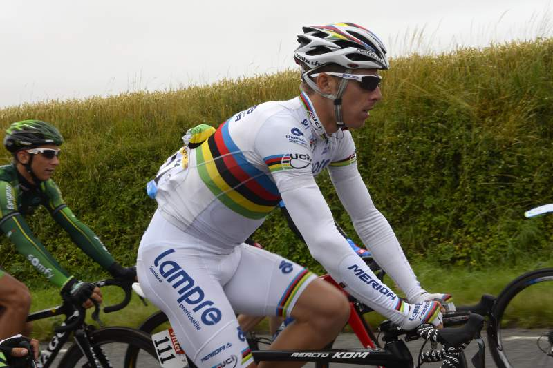 Ciclistas portugueses ansiosos pelo dia de descanso
