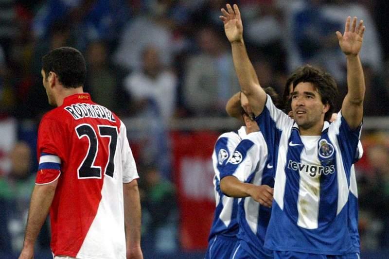 Deco celebra golo do FC Porto