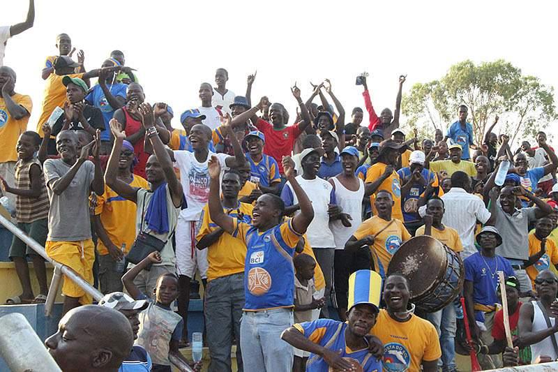 Adeptos Costa do Sol Moçambique
