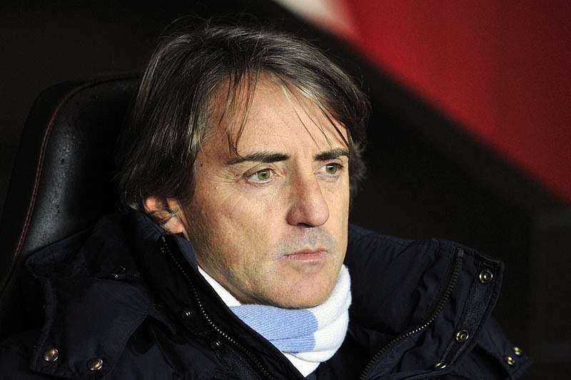 Roberto Mancini perto da seleção azzurri