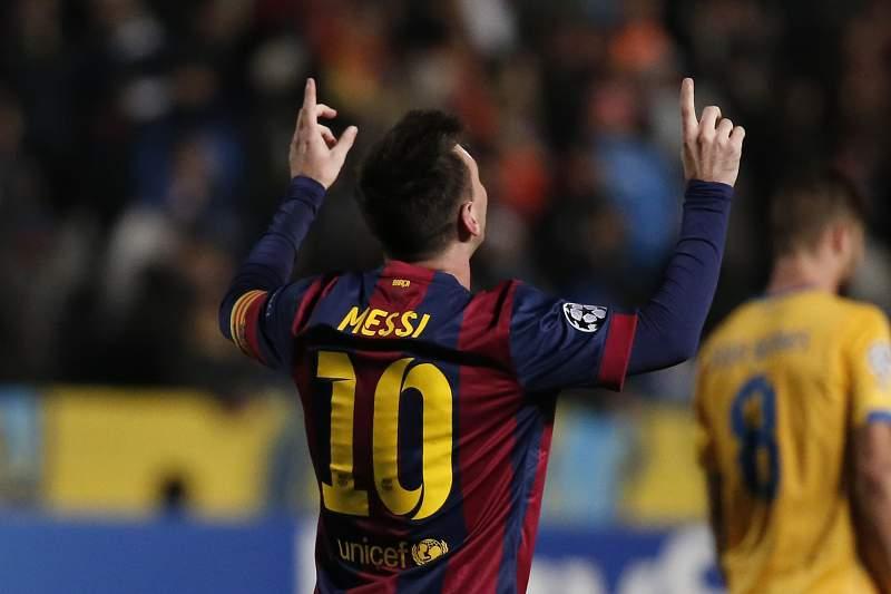 Messi faz hist