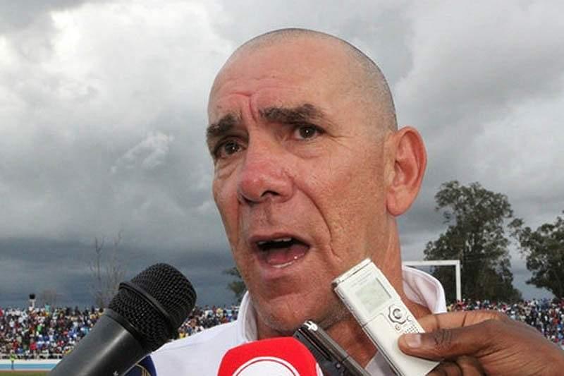 António Caldas pode trocar Sagrada Esperança pelo Caála