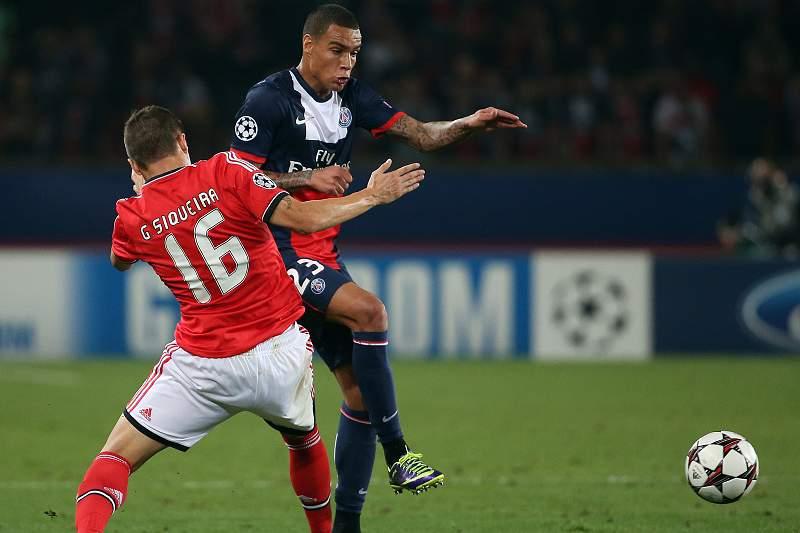Siqueira com a camisola do Benfica