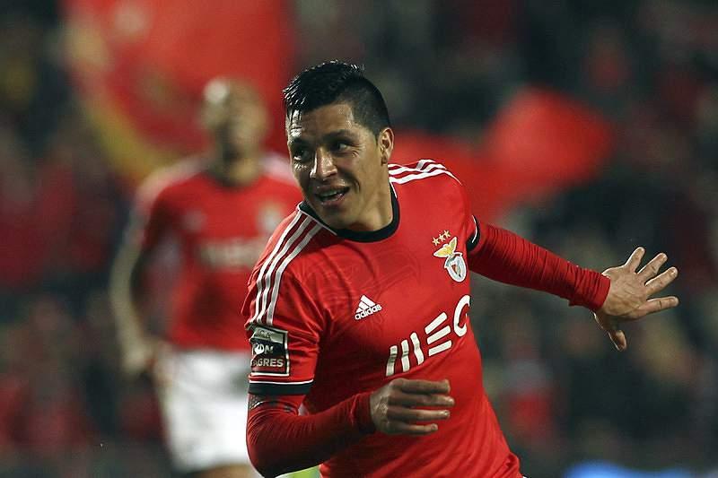 Enzo Pérez pode estar de saída do Benfica