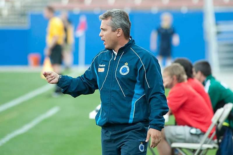 Alexandre Grasseli, treinador do Petro de Luanda