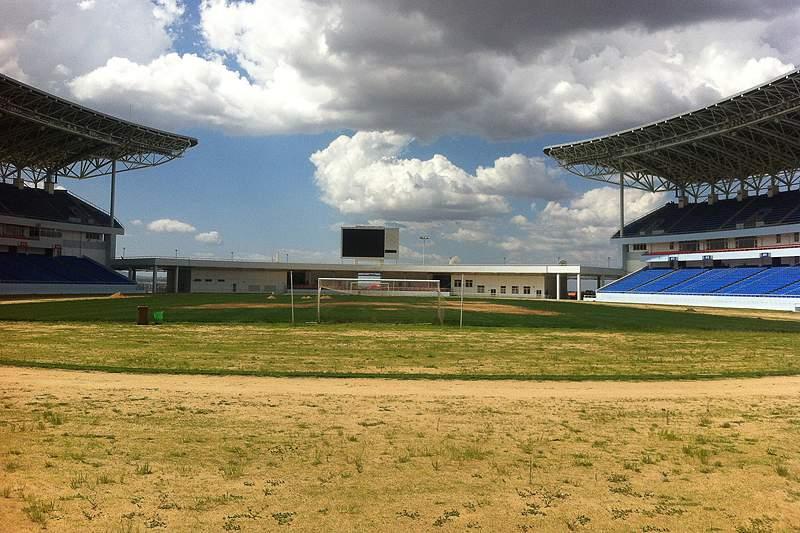 Estado de degradação do relvado do Estádio da Tundavala