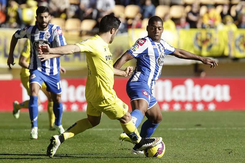 Ivan Cavaleiro foi titular no Deportivo da Corunha