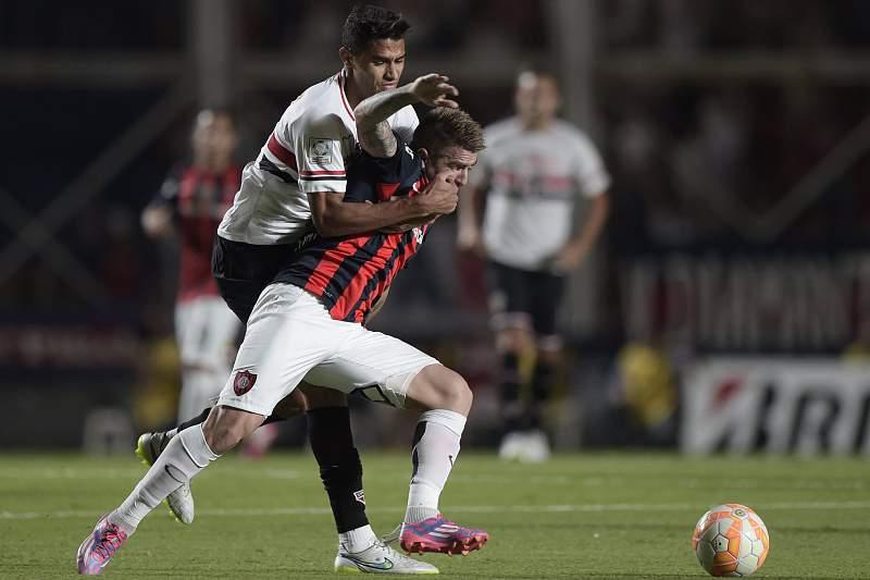 Alan Kardec em ação pelo São Paulo
