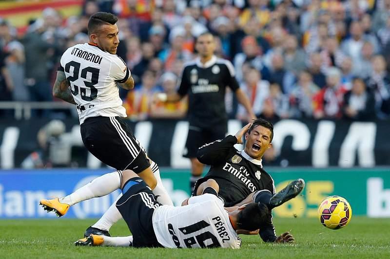 Otamendi, Enzo Perez e Cristiano Ronaldo