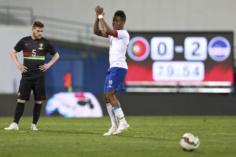 Heldon fora da lista final a Bola de Ouro Africana