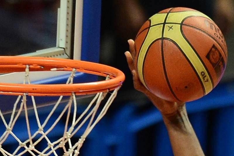 basquetebol_mao_bola_800x600.jpg