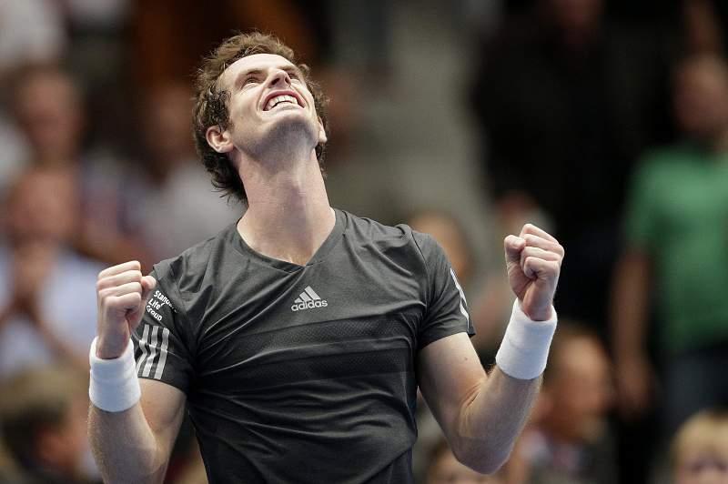 Murray celebra triunfo sobre Ferrer