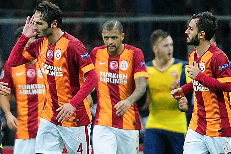 Wesley Sneijder celebra um golo na Liga dos Campeões