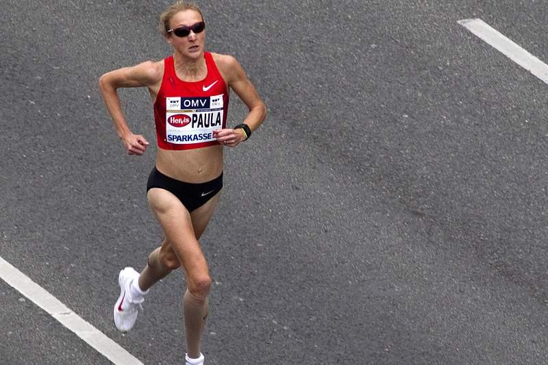 Paula Radcliffe volta para preparar maratona
