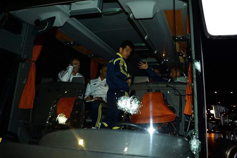 Fenerbahçe sofreu um ataque armado