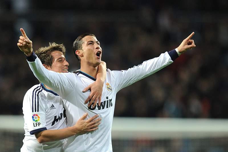 Coentrão celebra com Ronaldo