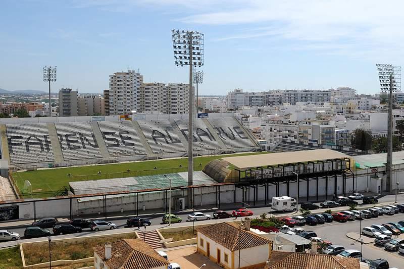 Imagem do Estádio São Luís, em Faro,