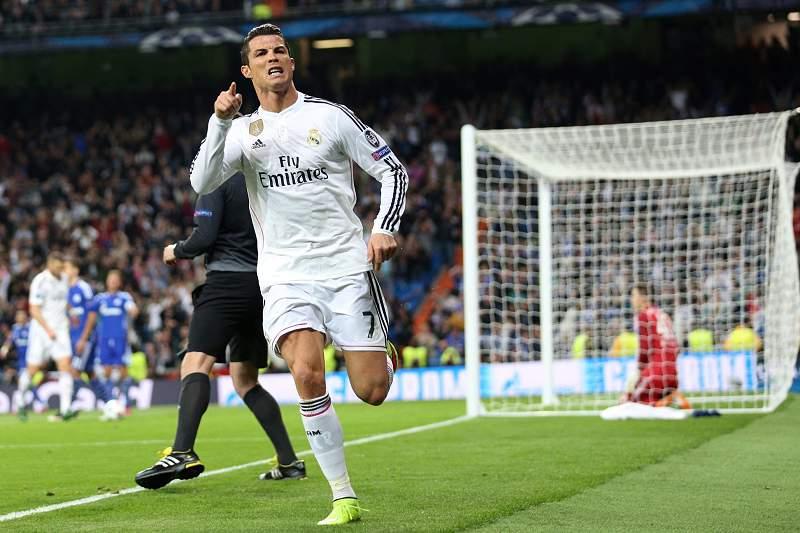Cristiano Ronaldo marcou dois ao Schalke 04
