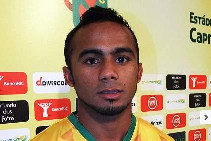 Edson Farias reforça ataque do Paços de Ferreira