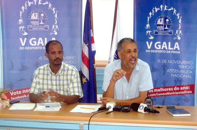 António Lopes da Silva na conferência de imprensa