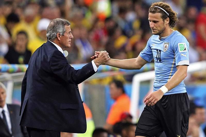 Forlán deixa a seleção do Uruguai