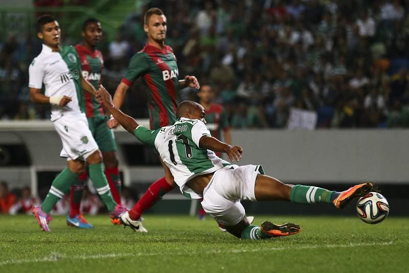 João Mário marca frente ao Marítimo