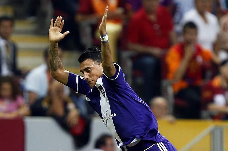 Matias Suarez no encontro entre o Anderlecht e o Galatasaray