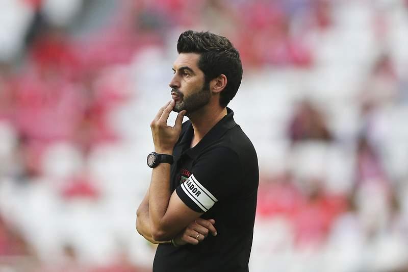 Paulo Fonseca no Estádio da Luz com o Paços de Ferreira