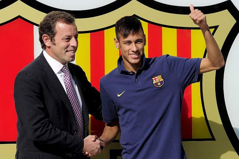 Neymar apresentado em Barcelona