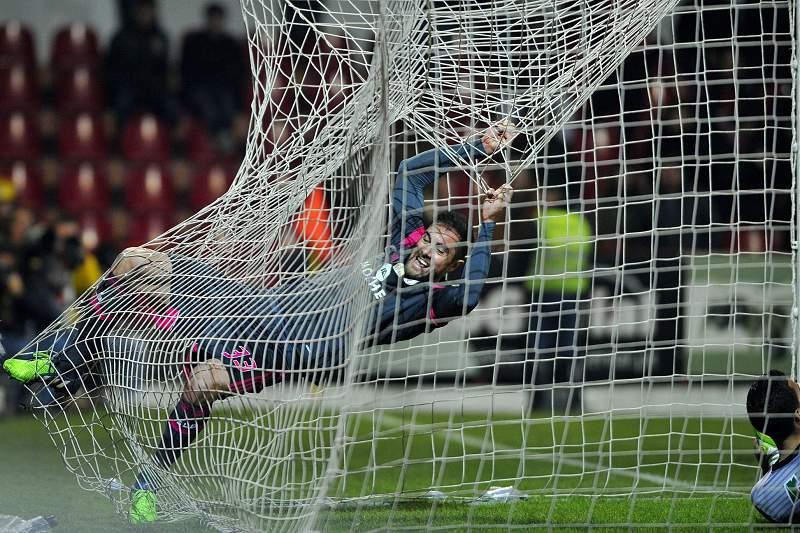 Jardel celebra o terceiro golo em Penafiel